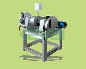 coconut cutting machine / coconut dehusking machine